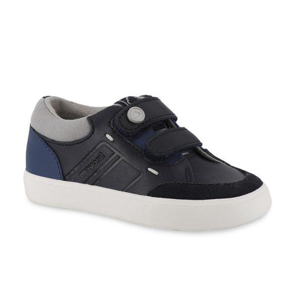 Mayoral fiú kék cipő